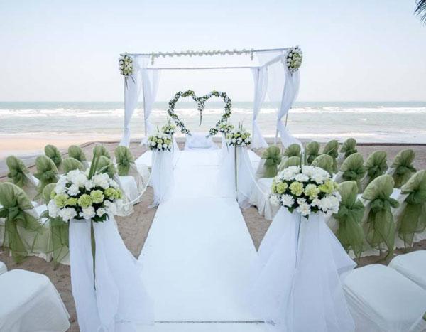 凝结纯真的爱恋—欧式古典清新婚礼